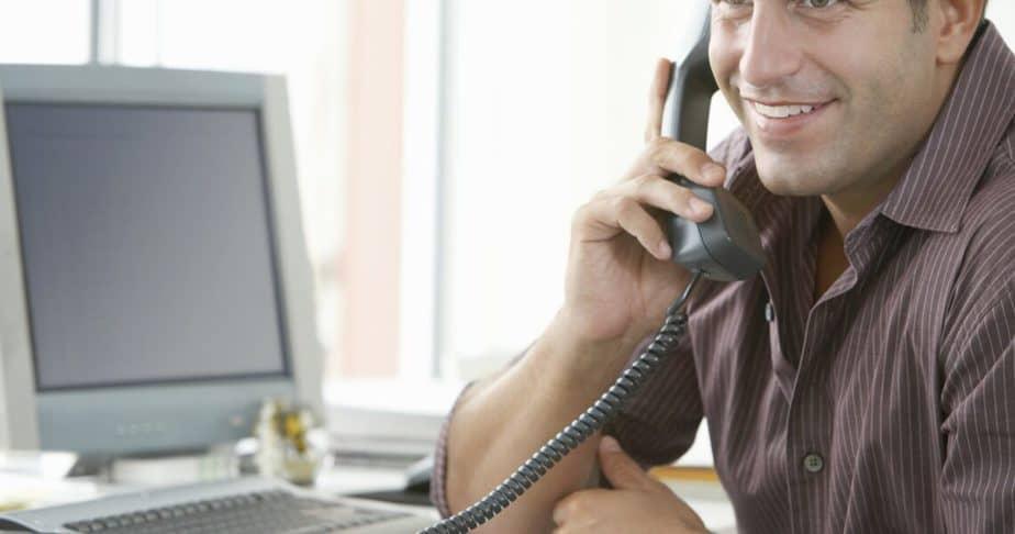 thuiswerken met telefoon commercieel